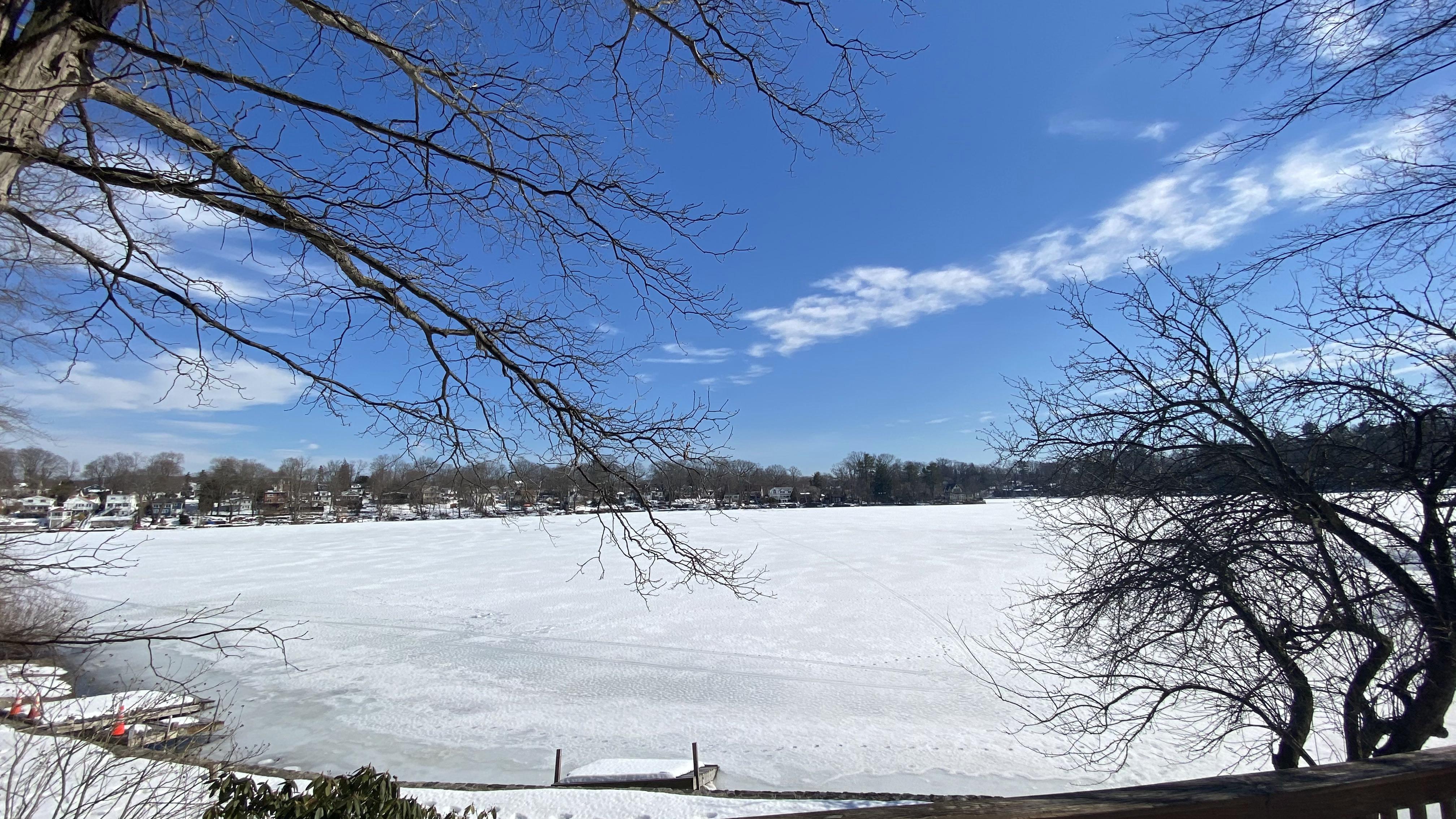 297 Lake Dr Peekskill, NY 10537