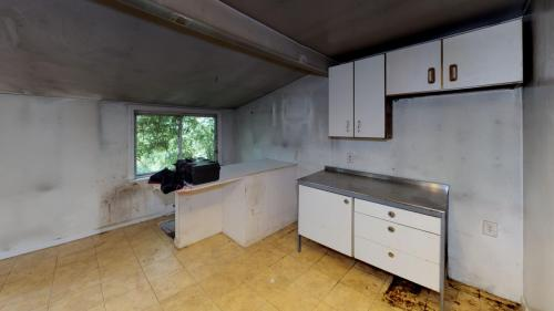 18-Pleasant-Rd-Kitchen