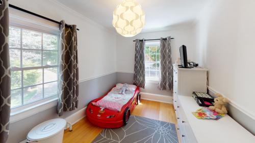 25-Cedar-Ln-Bedroom(6)