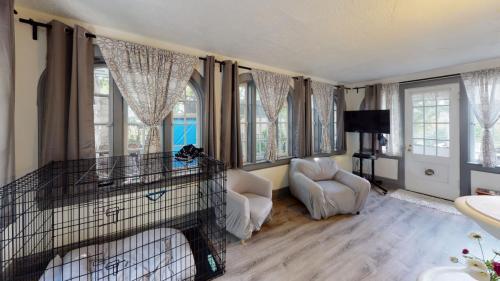 25-Cedar-Ln-Bedroom